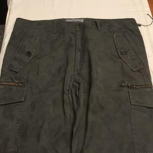 Michael Kors men's camo cargo pants – sz. 38